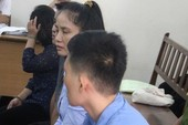 Để lọt 844 Iphone, Ipad qua sân bay, nữ hải quan lãnh án