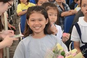 Cô bé bị bỏ rơi mong tìm cha mẹ để báo hiếu