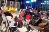 Kẹt đường bay, máy bay Jetstar Pacific chậm 14 tiếng