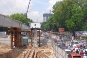 Cầu vượt Nguyễn Kiệm được thi công trở lại