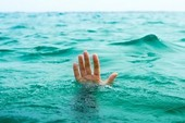 Lật ghe trên biển Cửa Đại, 1 ngư dân mất tích
