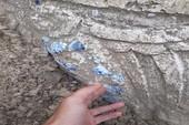 Lộ công trình nghi mộ cổ khi múc cát xây nhà
