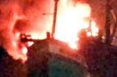Tàu chở dầu cháy ngùn ngụt trên biển Phú Quốc