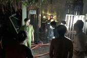 Nửa đêm, cả khu phố nháo nhào vì xe máy phát nổ