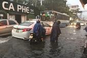 Bão số 9 gây ra cơn mưa lớn nhất từ trước đến nay tại TP.HCM
