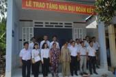 TAND tỉnh BR-VT trao tặng hai căn nhà đại đoàn kết