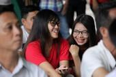 CĐV sung sướng xem U22 dội mưa bàn thắng vào Đông Timor