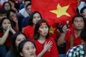 Muôn kiểu khóc, cười của CĐV cùng U-23 Việt Nam