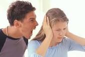 Con tám tháng, vợ có quyền ly hôn?