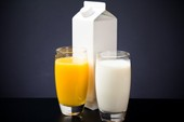 Sữa và nước cam: Uống buổi sáng có tốt?