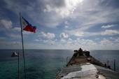 Philippines bất ngờ khuyên ngư dân 'né' bãi cạn Scarborough