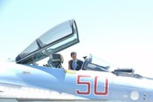 Tổng thống Syria thử làm phi công trên tiêm kích Nga