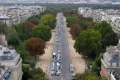 Pháp phát lệnh bắt công chúa Saudi Arabia
