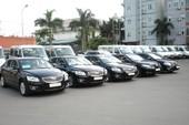 Lãnh đạo ngành thuế, hải quan sắp nhận khoán xe công