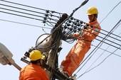 Mất điện ngày nắng nóng, điện lực xin lỗi khách hàng