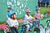 Trẻ em cần lớn lên trong bầu không khí sạch