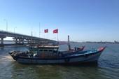 Phạt 2 tàu giã cào khai thác ở vùng biển Chân Mây-Lăng Cô