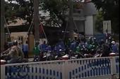 Nhóm tài xế Grab và xe ôm truyền thống hỗn chiến