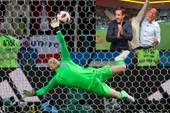 Chuyển động World Cup: Gary Neville bị chỉ trích 'hai mặt'