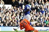"""Tottenham bị chỉ trích là """"vô trách nhiệm"""" với Lloris"""