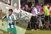 Cựu cầu thủ của Porto đột tử ngay trên sân