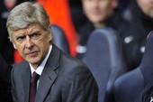 """Bayern Munich không ít lần """"mồi chài"""" Arsene Wenger"""