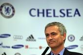 """Mourinho nói chuyện với những ngôi sao """"mất ngủ"""" của Chelsea"""