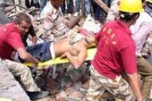 Ấn Độ: Sập nhà máy, hàng chục người bị vùi lấp