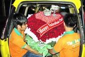 Valentine 2013: Hoa hồng đứng giá chờ người mua
