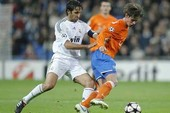 Raul muốn gắn bó với Real Madrid đến sau năm 2011