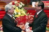 Đại hội Đảng lần thứ XI: Công bố danh sách Bộ Chính trị và Tổng Bí thư