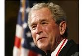 Cựu Tổng thống Bush bị tố giam người trái phép