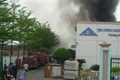 Cháy lớn tại công ty sản xuất mực in