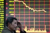 Nhà đầu tư ồ ạt bán tháo, Dow Jones mất gần 400 điểm