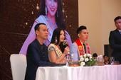 Lý do Phương Khánh không mang vương miện về Việt Nam