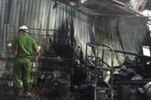 Cận cảnh hiện trường đổ nát sau vụ cháy nổ lớn ở Quận 9