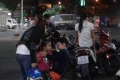 Mùng 2 Tết: Ga Sài Gòn tấp nập người... về quê đón xuân