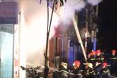 Cháy tiệm túi xách khu Bàn Cờ, chủ nhà kịp thoát hiểm