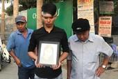 Xe tang đưa 3 nạn nhân 'nhìn' chung cư Carina lần cuối