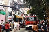 Cháy nhà dân vắng chủ ở Tân Phú