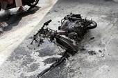 Nam thanh niên đốt xe ở vòng xoay Lăng Cha Cả rồi bỏ chạy