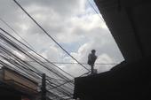 Quận Thủ Đức: Thanh niên ngáo đá khiến cả phường bị cắt điện