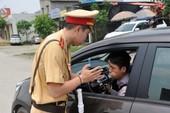 Lập lại trật tự vỉa hè: 6.600 tài xế bị phạt