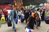1,000 công nhân về quê ăn Tết trên chuyến xe nghĩa tình