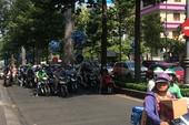 Người Sài Gòn chống chọi cái nắng đầu mùa