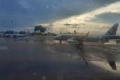 Lắp bơm chống ngập tạm cho sân bay Tân Sơn Nhất