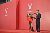 VinFast ra mắt mẫu xe máy điện thông minh