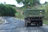 Đường Trường Sơn Đông: Mới đưa vào sử dụng đã hư hỏng