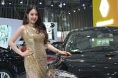 Ô tô nhập tăng kỷ lục, khách hàng thỏa 'cơn khát' mua xe