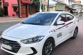"""Khách hàng tố đại lý Hyundai giao """"nhầm"""" xe đời cũ"""